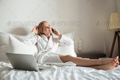 mobile adult chat rooms